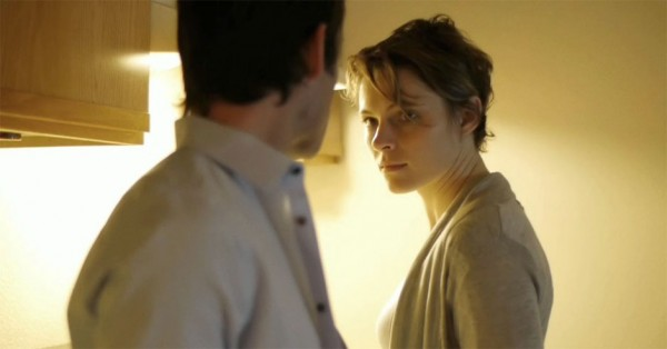 Amy-Seimetz-and-Shane-Carruth-in-Upstream-Color-2013-Movie-Image-600x314